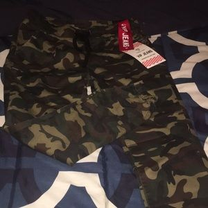 Brand new army print joggers
